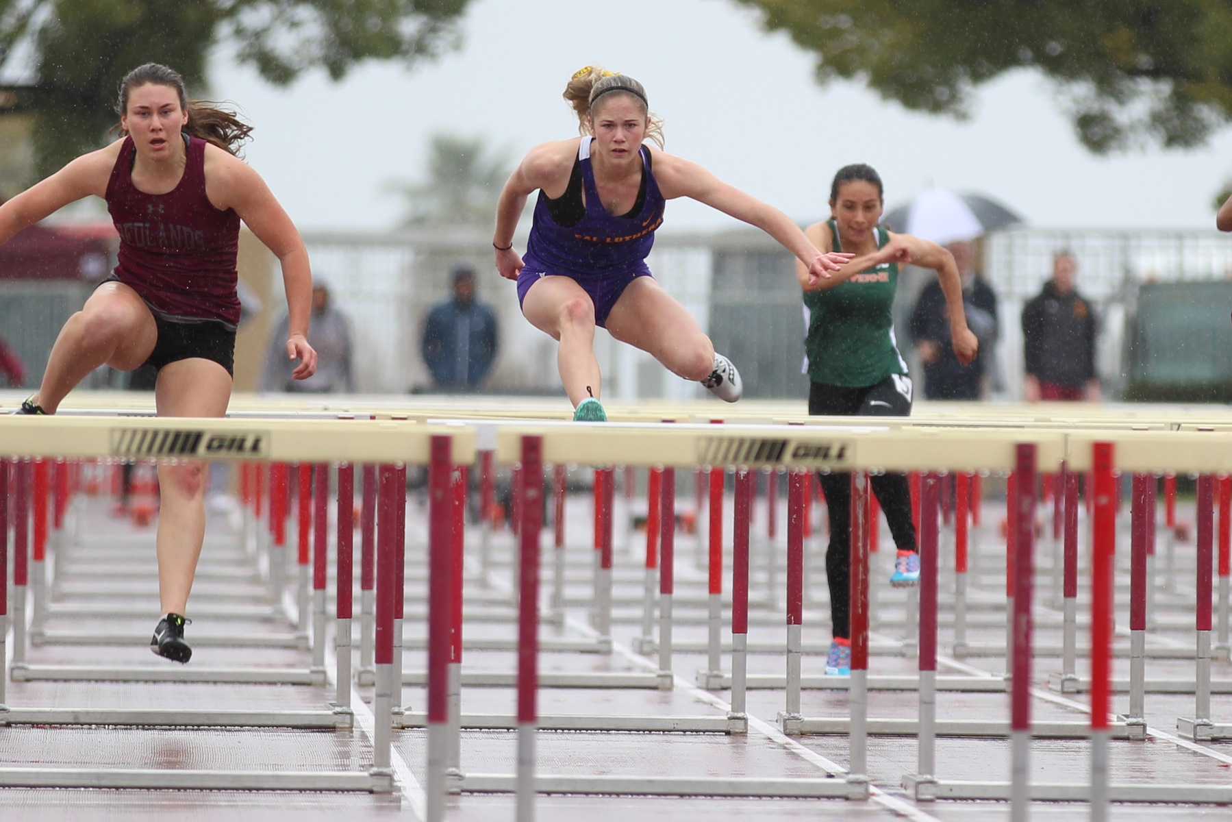 Barnes Wins Discus; Regals Tally 17 Top-10 Finishes at Redlands Invite