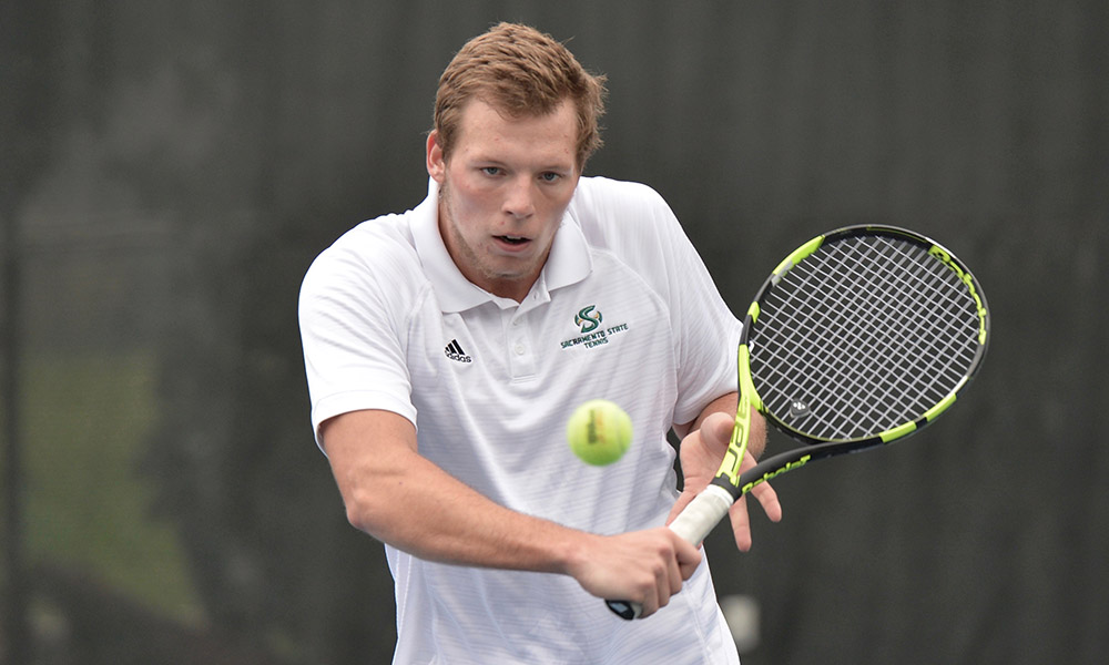 MEN'S TENNIS WINS ON THE ROAD AGAIN, BEATS MONTANA, 4-3