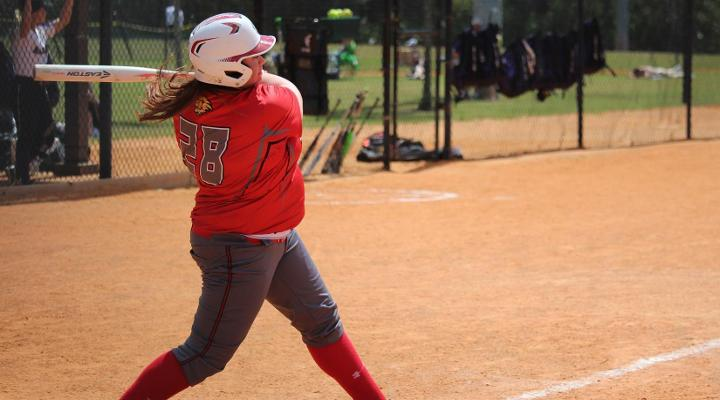 Softball Splits Non-Conference Doubleheader with Lesley