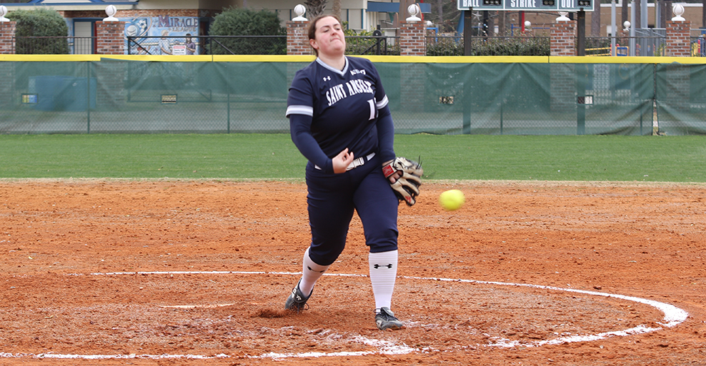 Nationally-ranked softball splits on first day in Florida