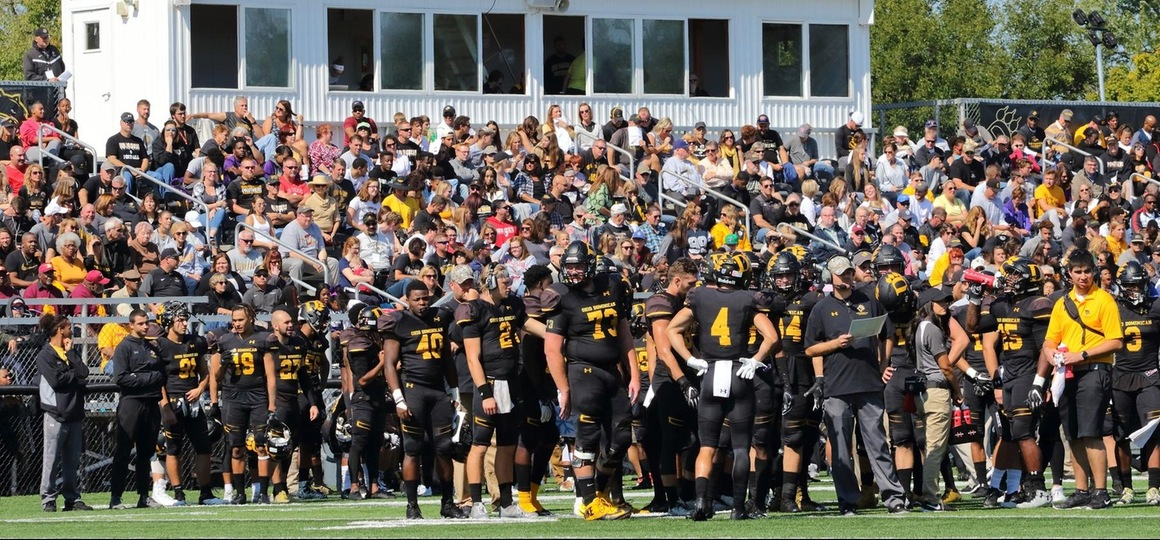 Football Sweeps G-MAC Offensive, Defensive MVP Honors; 20 Panthers Recognized