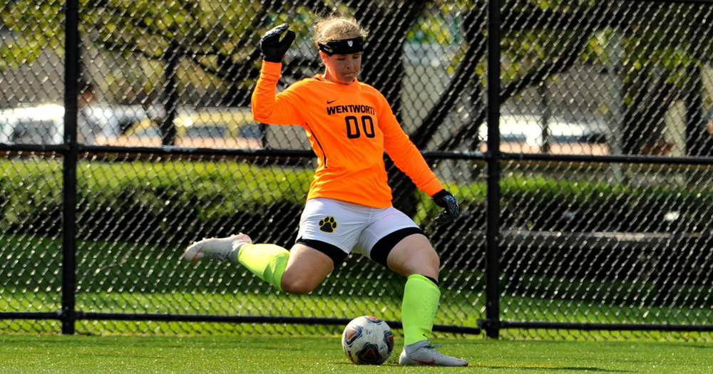 Women's Soccer Plays to Scoreless Draw at Western New England