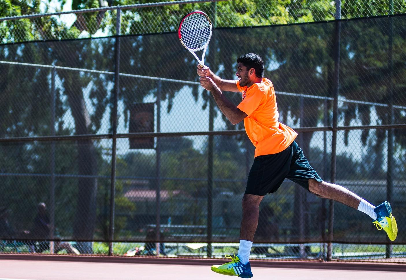 Pathireddy Brothers Upend Sagehens in Doubles