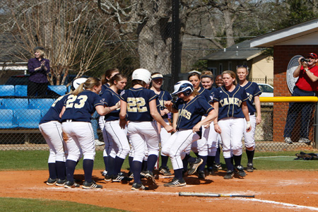 GSW welcomes 2011 softball recruiting class