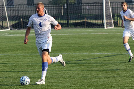 Men's Soccer explodes in first half to down Marian