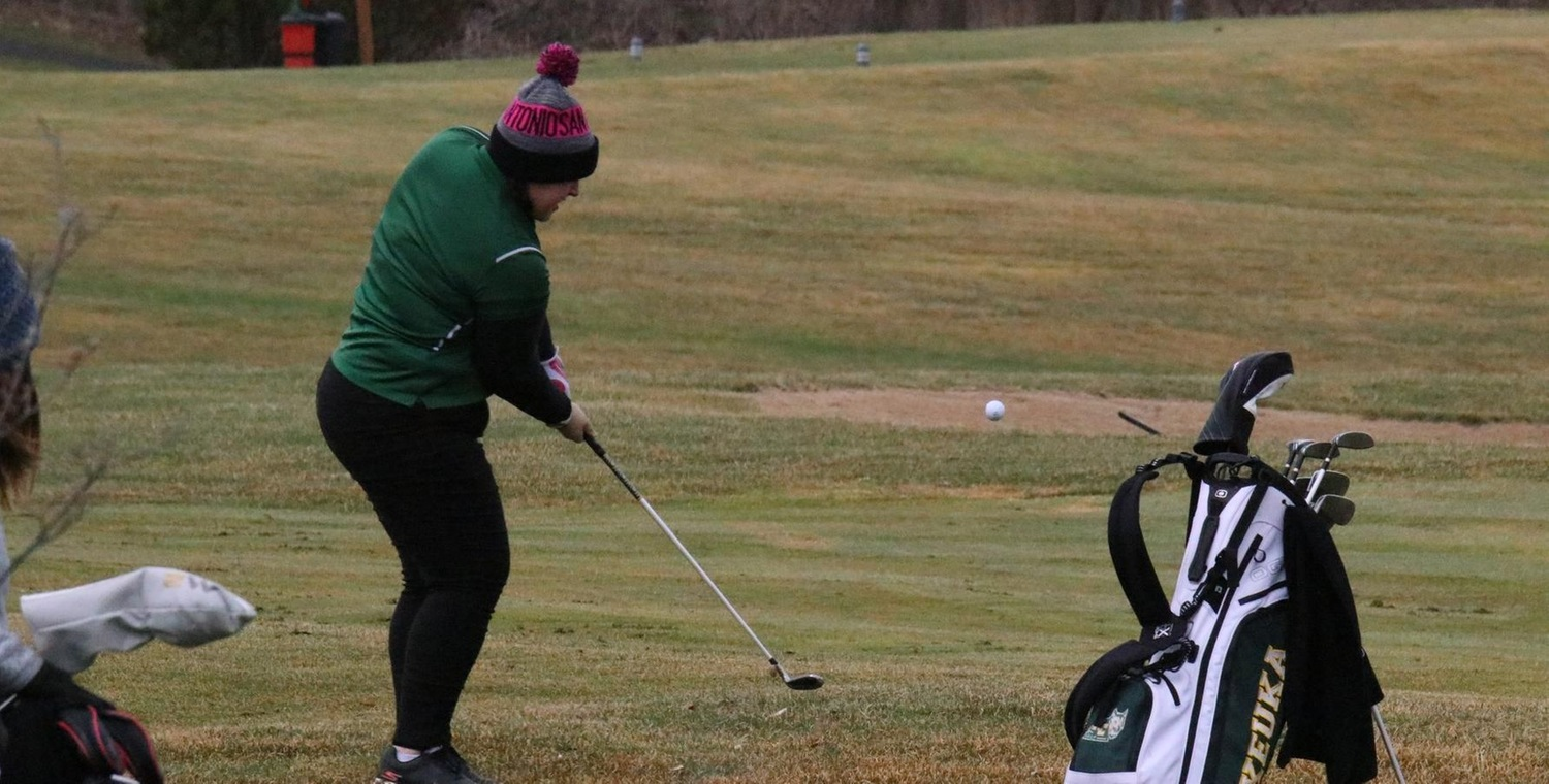 MaKayla Nolan set a new personal-best two-round score to lead the Wolves at Ithaca