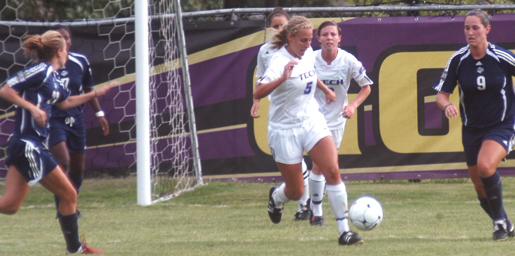 Golden Eagles drop late decision at Radford