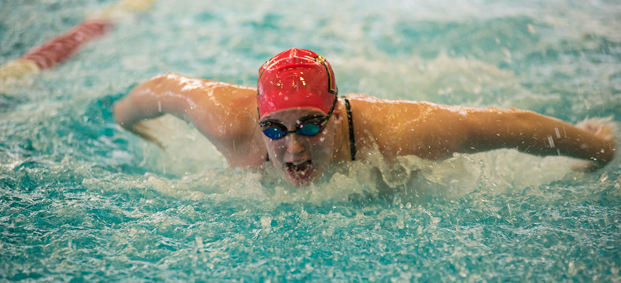 Rainville, Zernitsky Highlight Swimming At Eastern Connecticut Trimatch