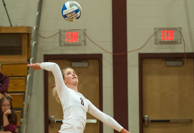 Volleyball: Norwich goes 1-3 at UMass-Dartmouth Tournament