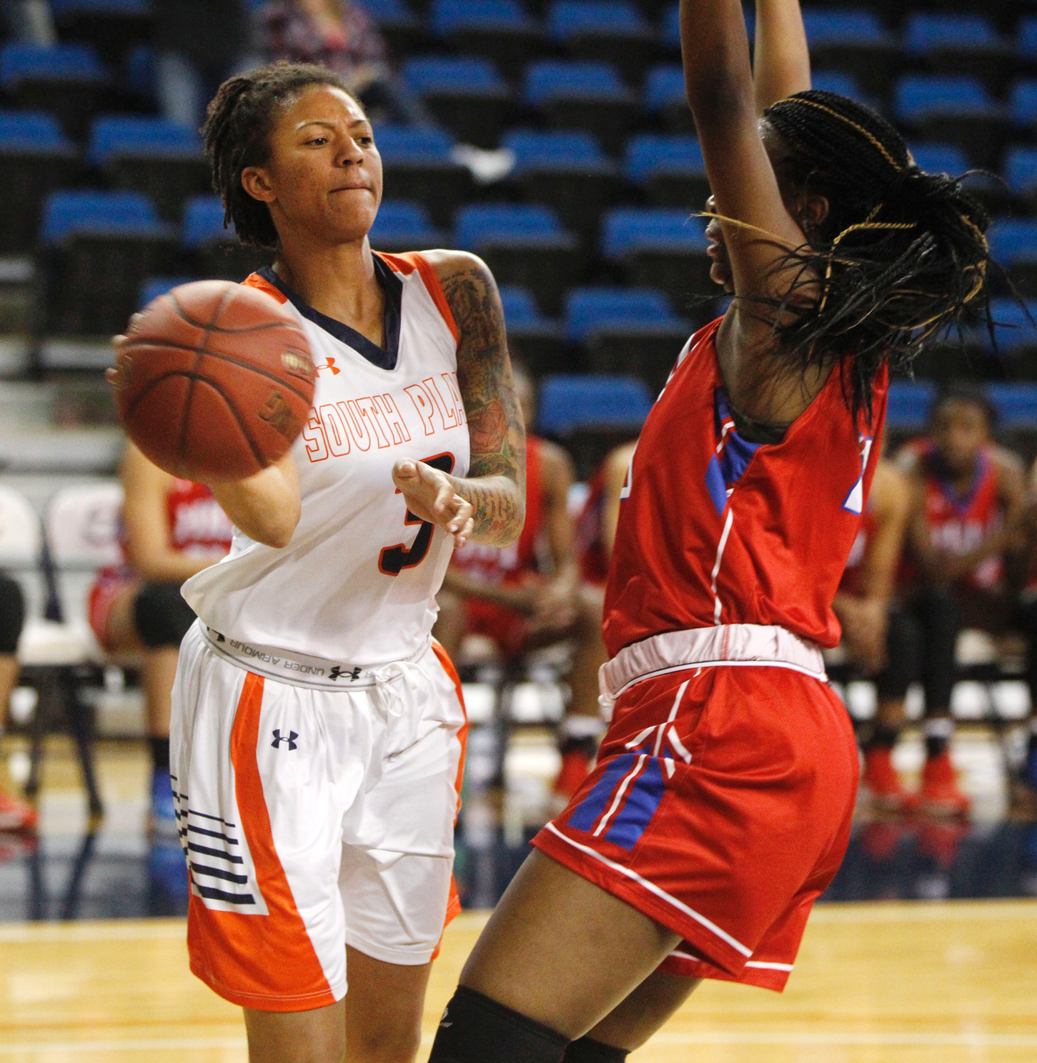 No. 9 Lady Texans throttle Hill College 63-49 to improve to 12-1 on Monday night