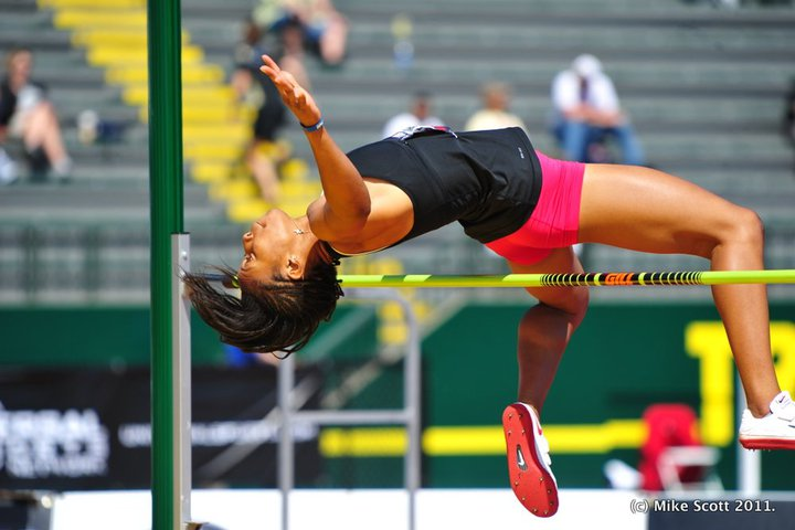 Gauchos Ranked 30th in Indoor Track, Nwaba Top 3 in Pentathlon & High Jump, Kujore is 19th in Weight Throw