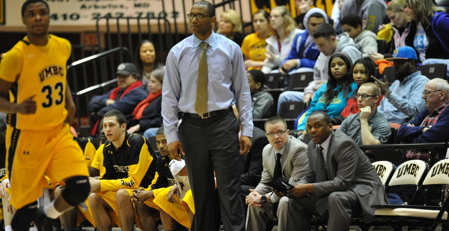 Men's Basketball Returns Home to Face Longwood on Sunday