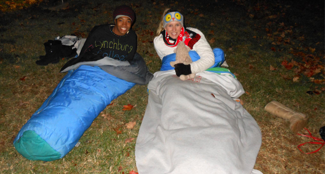 Hornet Cheerleaders Sleep Outside to Raise Awareness