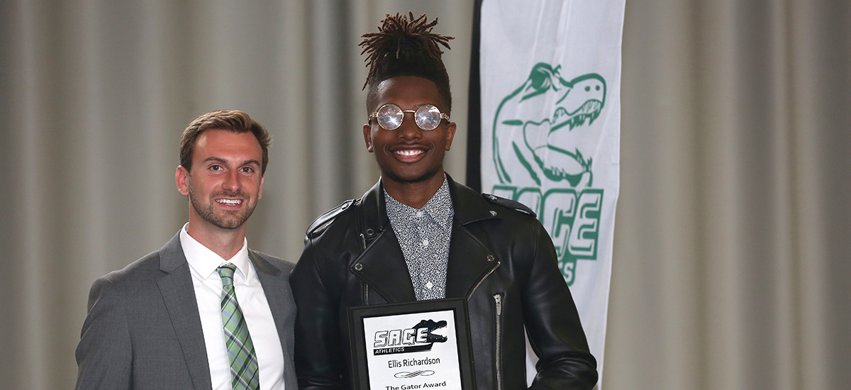 Richardson picks up another Gator of the Year award in men's track