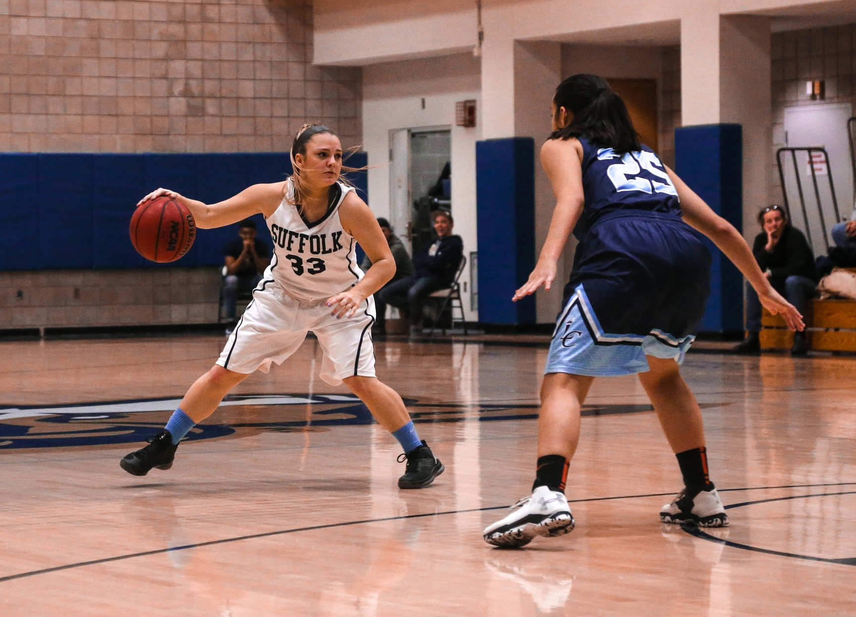 Women's Basketball's GNAC Title Hunt Begins at Norwich Tuesday