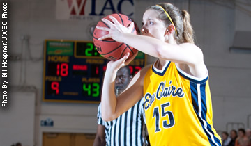 Women's Basketball Beats Stout; Will Host Wednesday