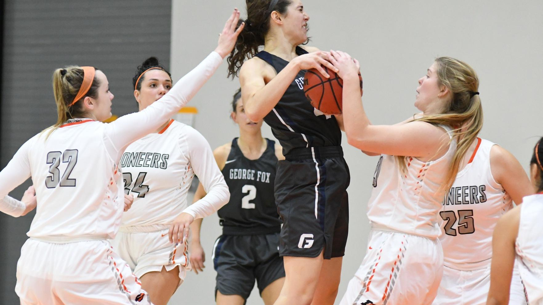 Pioneers struggle offensively in tough loss to George Fox