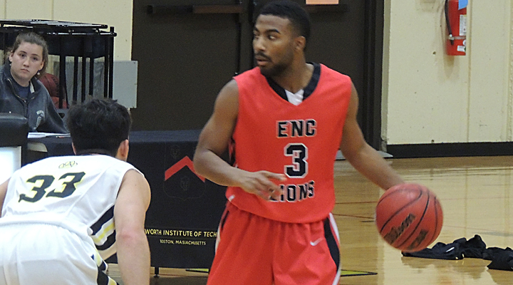 Men's Hoops Wins Sixth Straight, Downs Wentworth 71-61