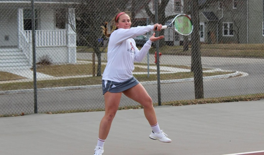 Women's Tennis falls to Adrian, 8-1