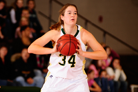 Snoops powers McDaniel to 66-58 victory over Juniata