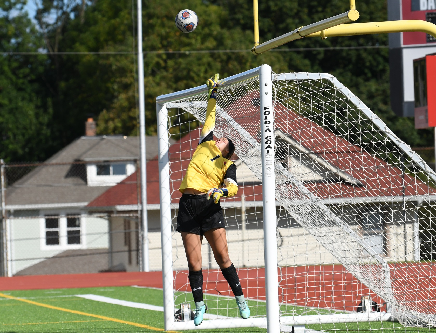 Tigers Fall to Wooster, 2-0