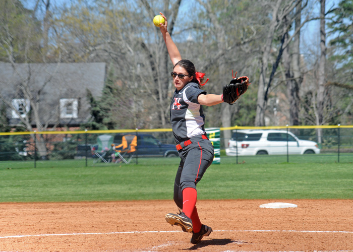 Senior Katy Messick picked up her sixth win of the season with a 2-1 victory over Maryville in Game 1 of a doubleheader on Saturday. (Photo by Wesley Lyle)
