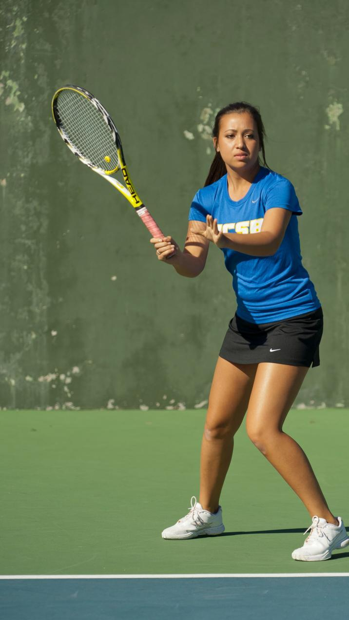 Women's Tennis Falls to Conference Rival, Long Beach State