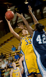 UCSB Faces Harvard at Home, Kentucky on the Road