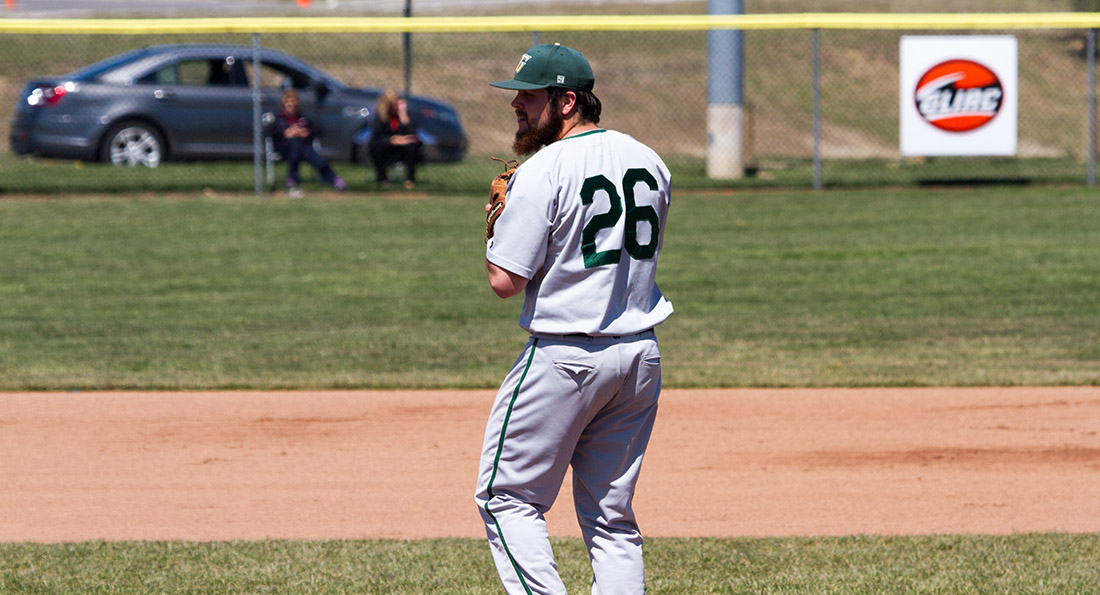 Middle Innings Topple Tiffin 8-6
