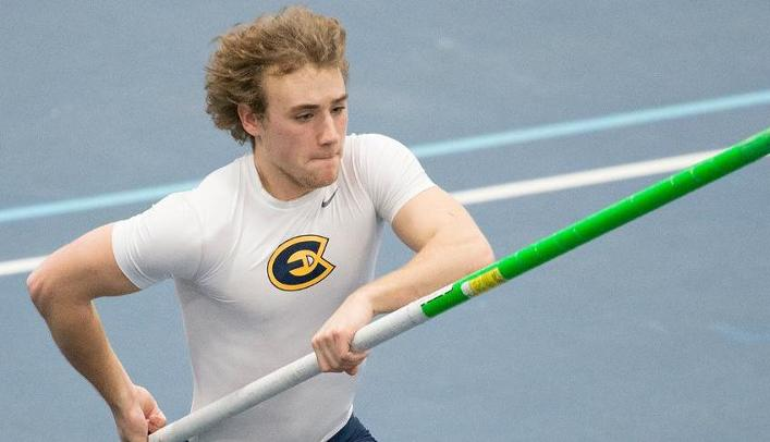 Men's Indoor Track & Field Takes Third at Eastbay Invite