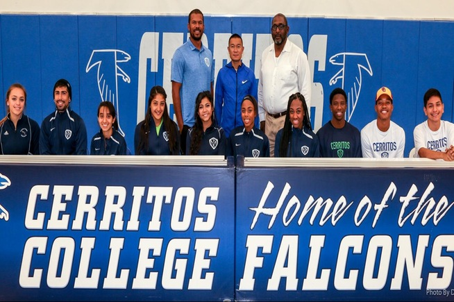 Men's & Women's track and field signings