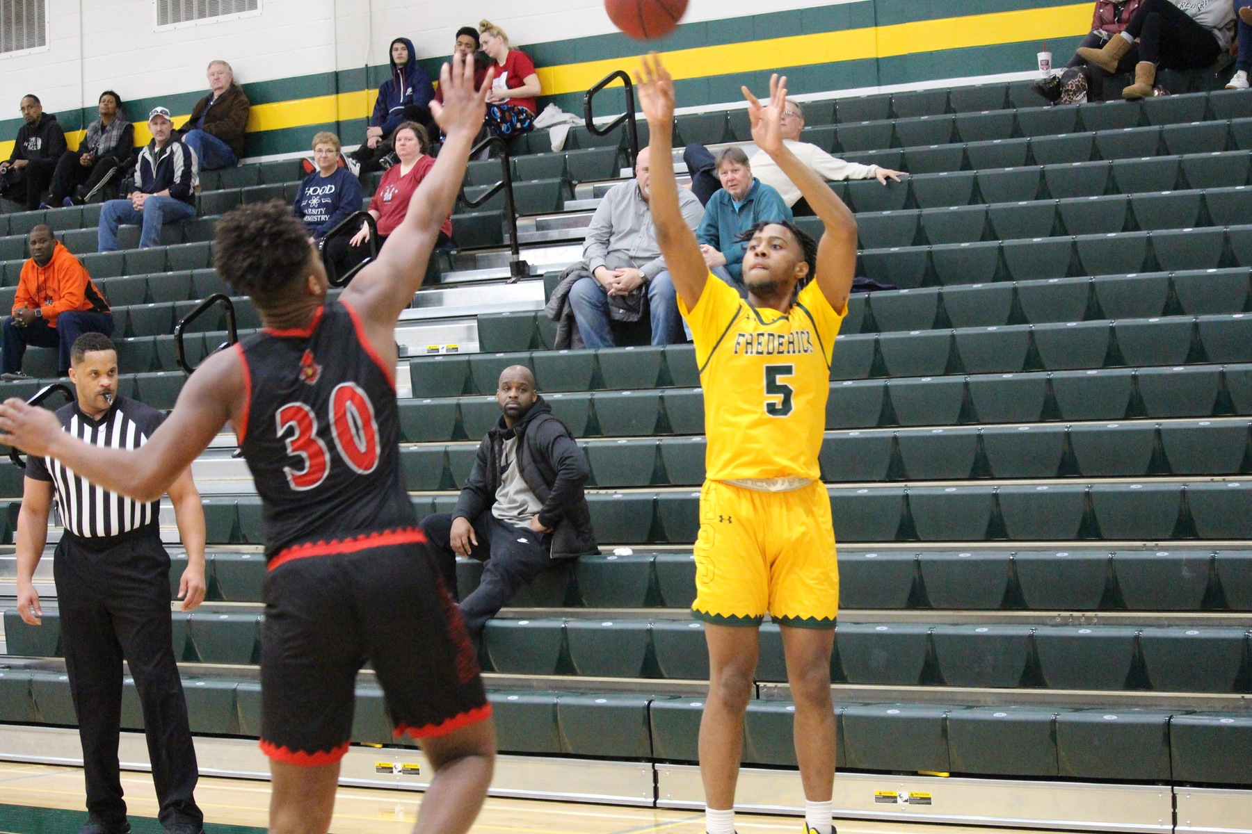 Burnett Shines With Career Day in Victory Over Manor College