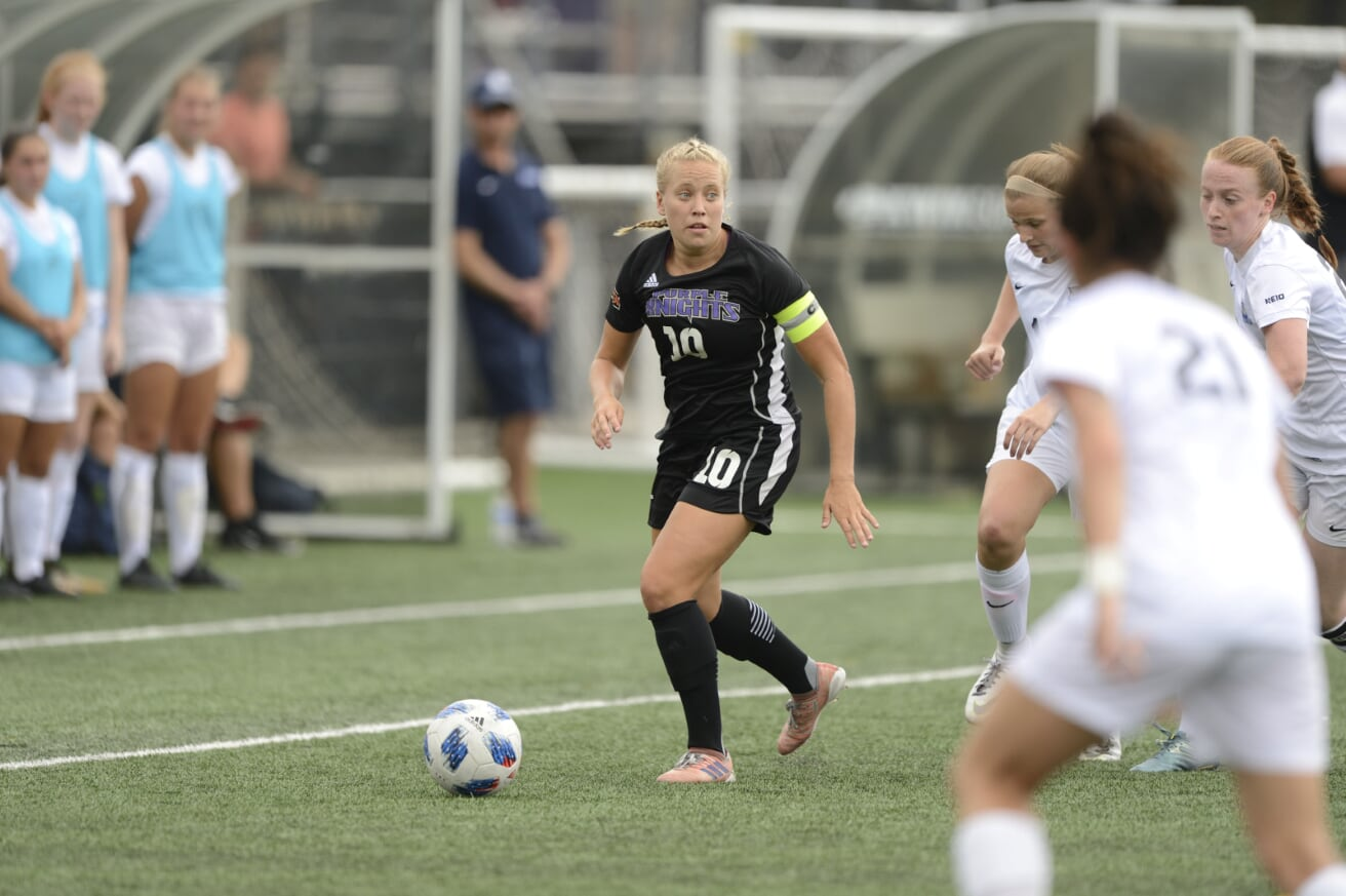 Pair Of Second Half Goals Lift UB Women's Soccer To A 2-1 ECC-Opening Win Over LIU Post