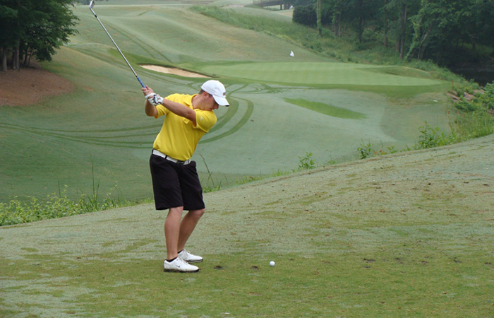 Griffin Leads NCAA Regional After Day 1