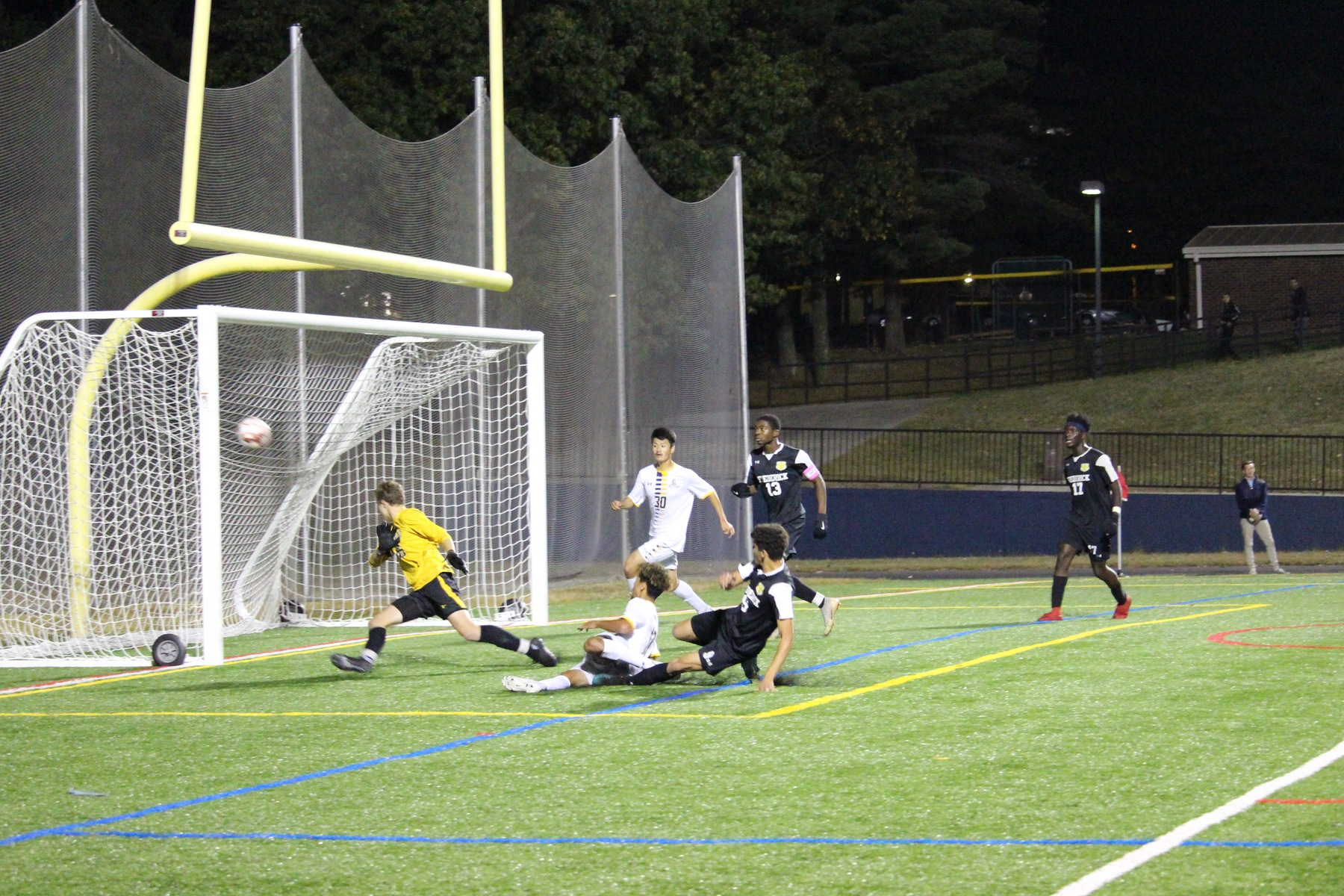 Men's soccer falls at CCBC Essex in waning seconds