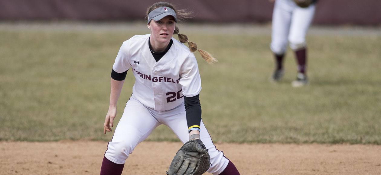 Softball Splits NEWMAC Doubleheader with Coast Guard
