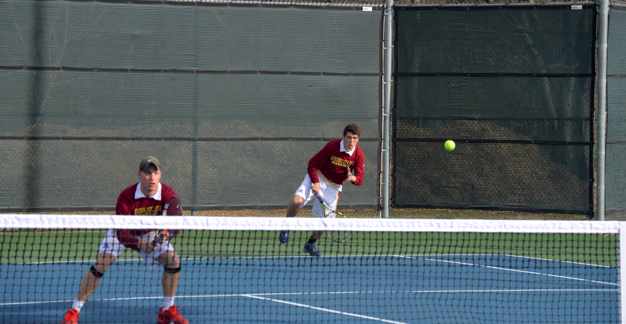 Kangaroo Men's Tennis defeats Ozarks 9-0