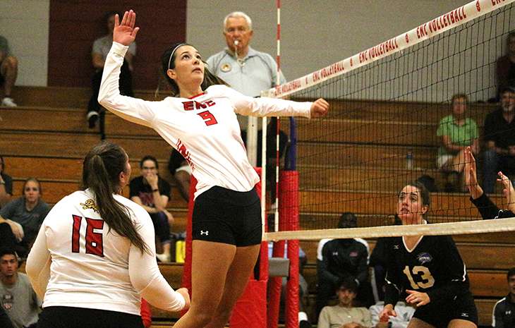 Women's Volleyball Drops ENC Invitational Opener to UNE, 3-0