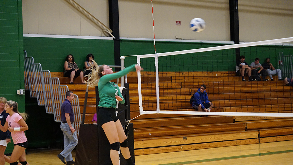 Lady Vikings Lose in Five Sets to Raritan Valley Community College
