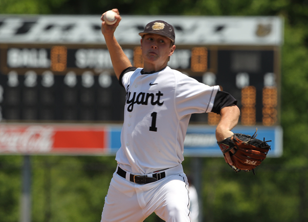 Pitchers' duel results in split for Bulldogs