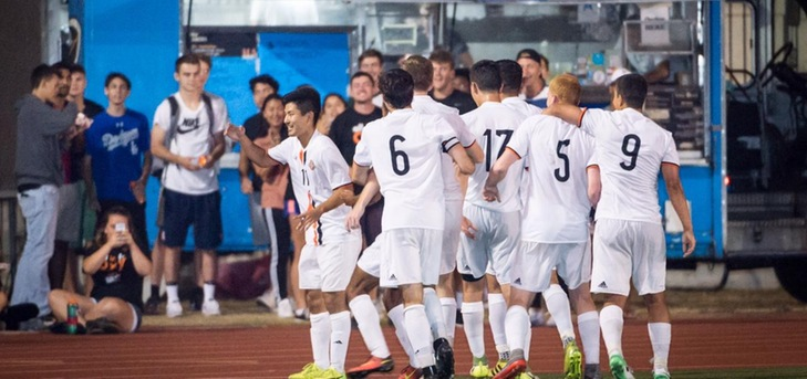 Kawada Leads Oxy Past Willamette