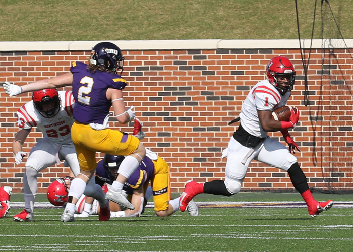 Eric Thomas (#1) scored one touchdown in Huntingdon's loss to Mary Hardin-Baylor in Round 2 of the NCAA Division III playoffs on Saturday. (Photo by Carrie Bump)