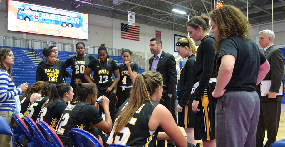 Women's Basketball Travels to Albany for Midweek ESPN3 Matchup