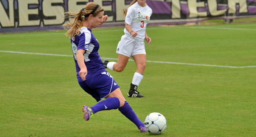 Golden Eagles complete comeback, take down Murray State 2-1