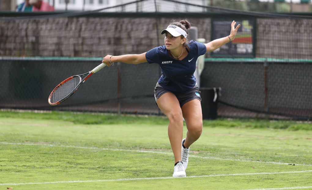 Women's Tennis Continues Strong Singles Play at ITA Grass Court Invitational