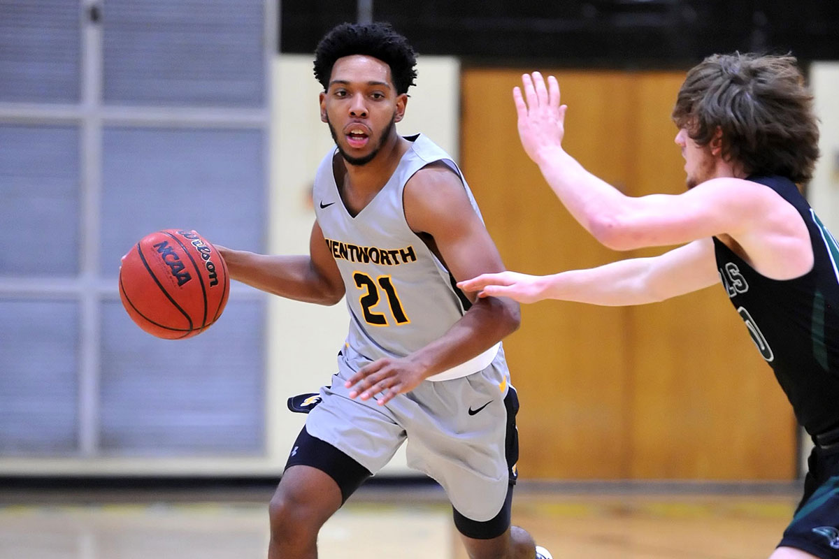 Men's Basketball Works Overtime to Defeat Western New England