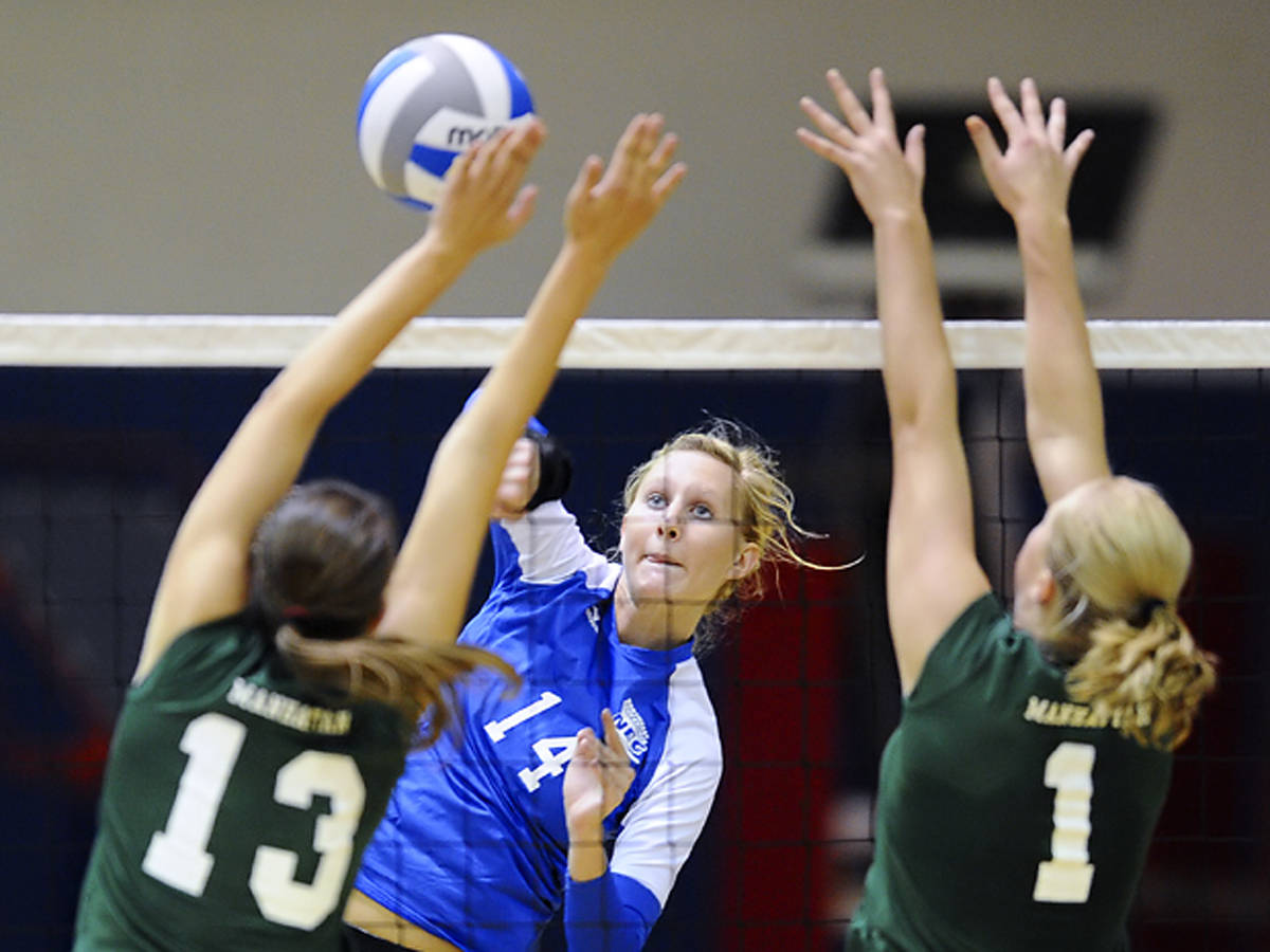 Baumert Leads Blue Devils In 3-2 Loss To Manhattan