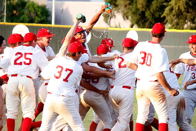 T-Birds celebrate their 13th inning win (Photo by Jacob Dewald)