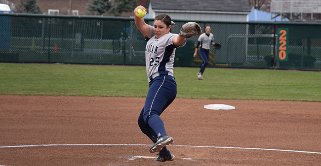 Josie Novak '18 delivers a pitch to the plate in her one-hit shutout of Elizabethtown College at Blue & Grey Field.