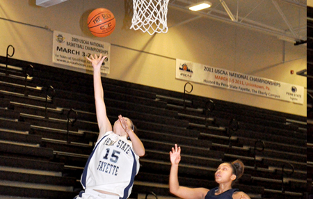 Women Win Third Straight, 64-52 over Greater Allegheny